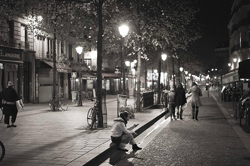 Solos en la ciudad-l1003675.jpg