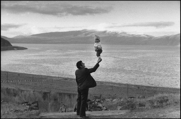 Responder a Leica DNG en Nikon Capture-henri-cartier-bresson-armenie-1972.jpg