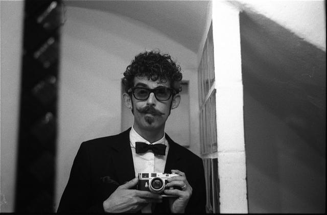 Mi Leica y Yo (Autorretratos, fotos que te han hecho, pero que sales con tu Leica)-dia-del-expo.jpg