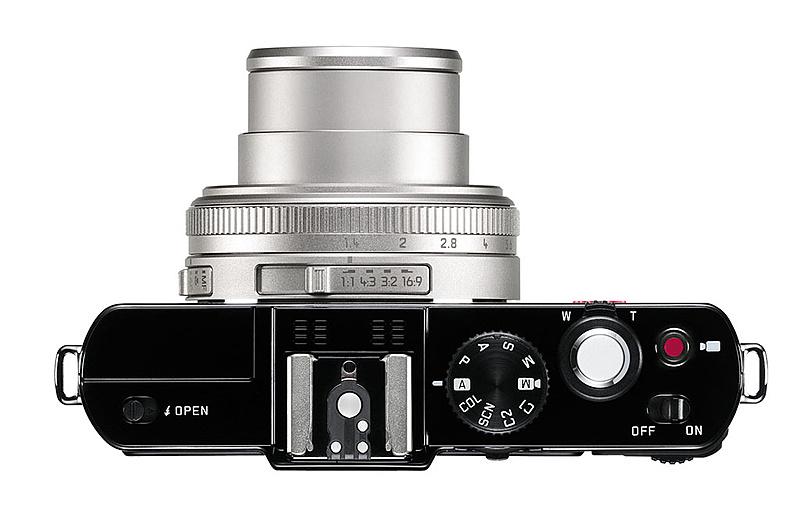 Leica D-lux 6 ahora en acabado Glossy (brillo)-leica-lux6-glossy-black_top.jpg
