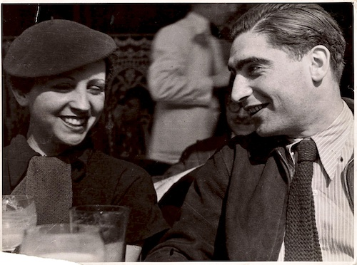 Responder a Cursos sobre fotografía (relacionados con Leica si es posible)-fred-stein-gerda-taro-robert-capa-en-paris-1935.jpg