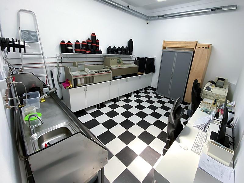 RevelaB Studio una nueva tienda con servicio de revelado en Barcelona-photo-2021-06-17-14-09-31.jpg