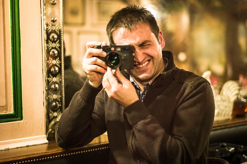 40 - Mi Leica y Yo (Autorretratos, fotos que te han hecho, pero que sales con tu Leica)