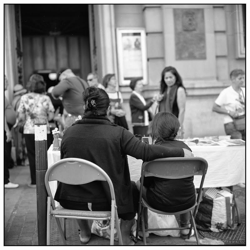 Chicas 1 - Foto de calle con al Rollei