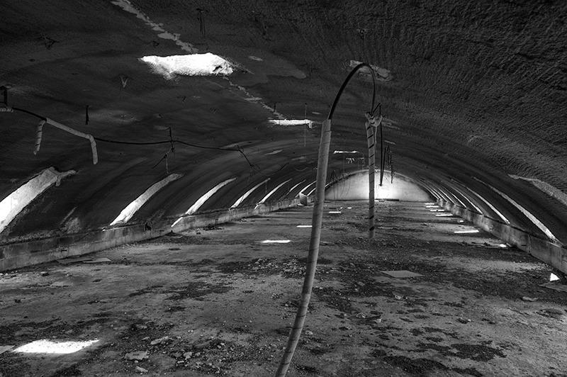 s1556 zpsl9dqgdcd 1 - Abandoned houses, photographs of silence.