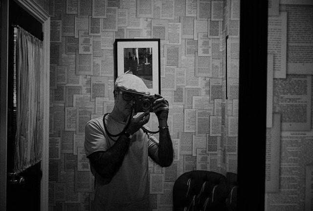 19126229271 98a23c4344 z 1 - Mi Leica y Yo (Autorretratos, fotos que te han hecho, pero que sales con tu Leica)
