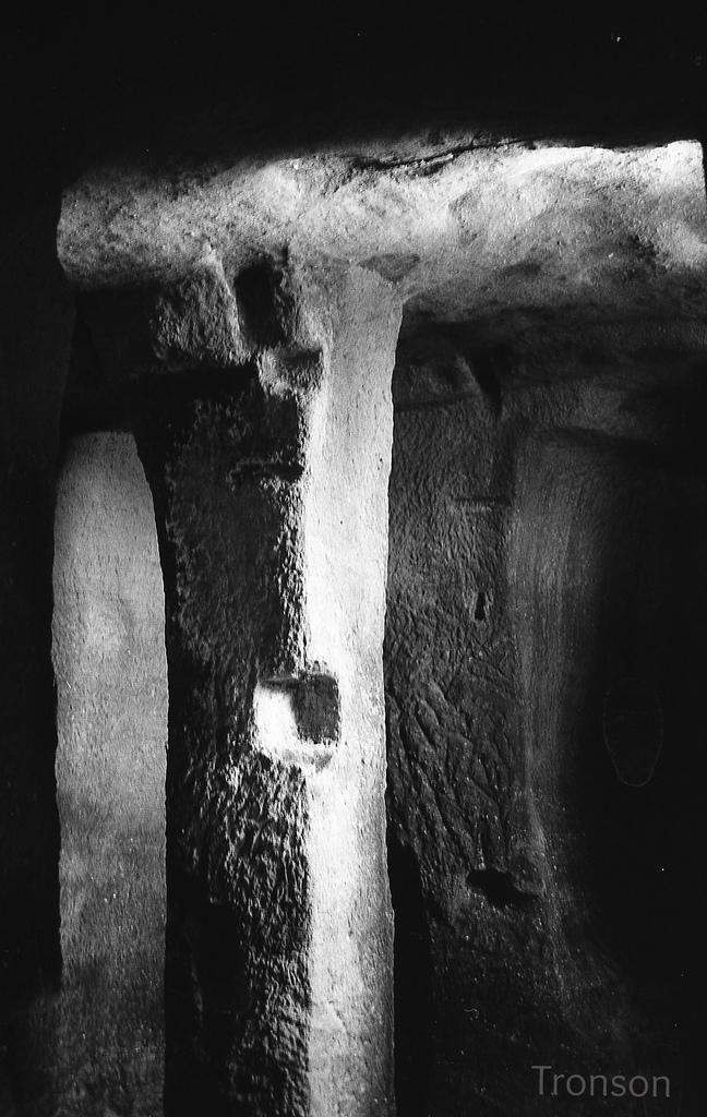 28636363202 31f76c25e6 b 1 - Iglesia rupestre