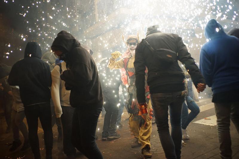 24127568897 36b4fbdb3a b 1 - Correfoc de Sant Andreu (Barcelona) 2017