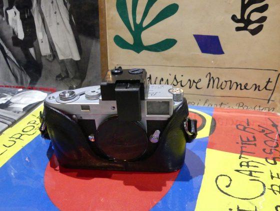 LeicaMcameraframelineilluminator4560x422 1 - Dan Goldberg: Luz auxiliar para los marcos de encuadre