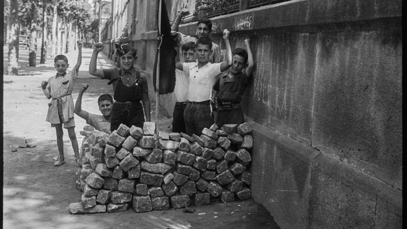 img abelil 20190912113758 imagenes lv ot 1 - La caja de Antoni Campañà: imágenes desconocidas de la Barcelona en guerra (La Vanguardia)