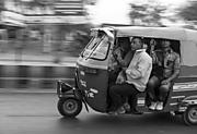 IndiaL1006296.jpg