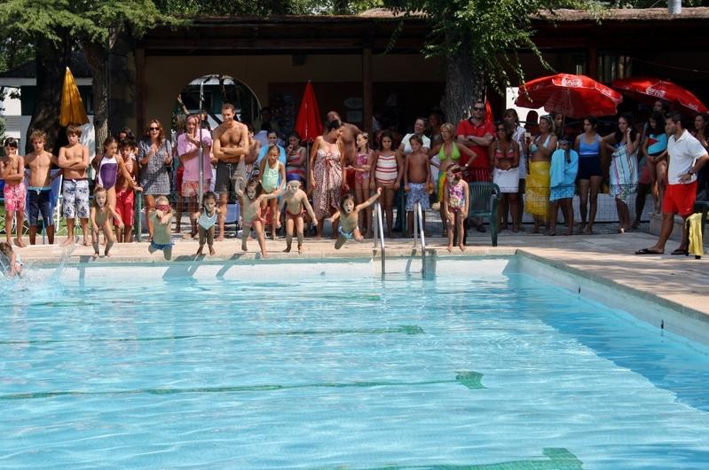 Alevines - Septiembre - Haciendo deporte